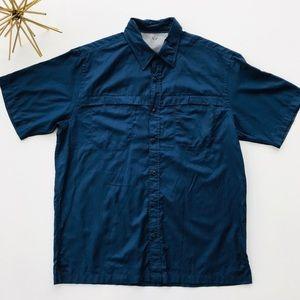 NWOT Arrow Navy Sport Short Sleeve Button sz M